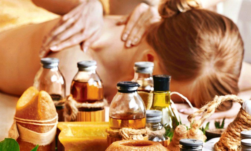 Медовый массаж от целлюлита: как делать в домашних условиях, пошаговая инструкция, польза, целебные свойства, показания и противопоказания, правила выбора меда, отзывы